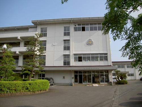 大富中学校