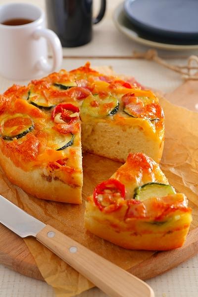 たっぷり夏野菜のピッツァ