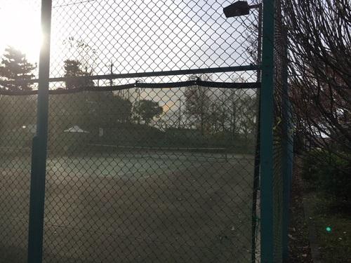 旭出テニスコート