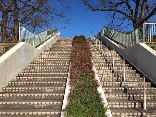滝の水 階段3