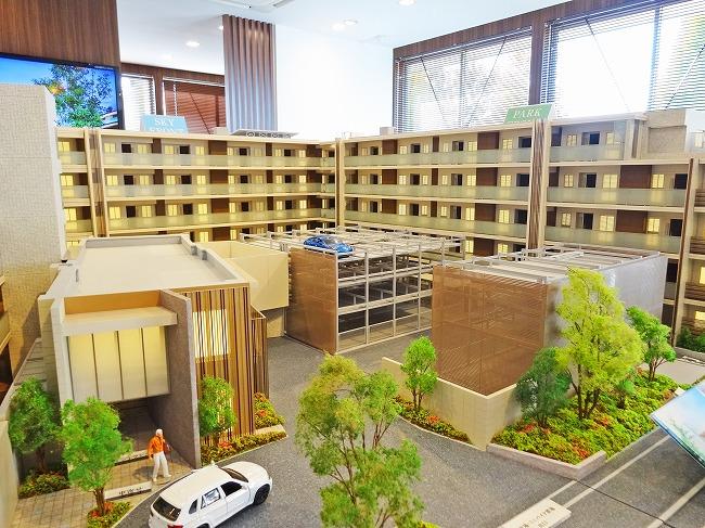 「プラウド西武立川」建物模型(共用廊下側)
