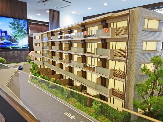 「プラウド西武立川」マンションギャラリー内の建物模型