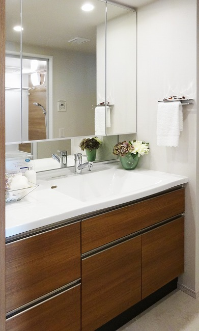 Luxmore(ラクモア)洗面化粧室