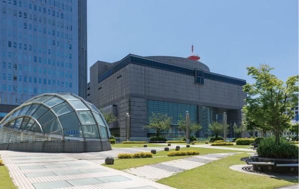 愛知芸術文化センター02