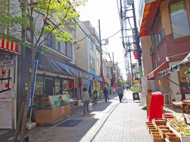 「北浦和西口銀座商店街振興組合(ふれあい通り)(現地より約500m)」